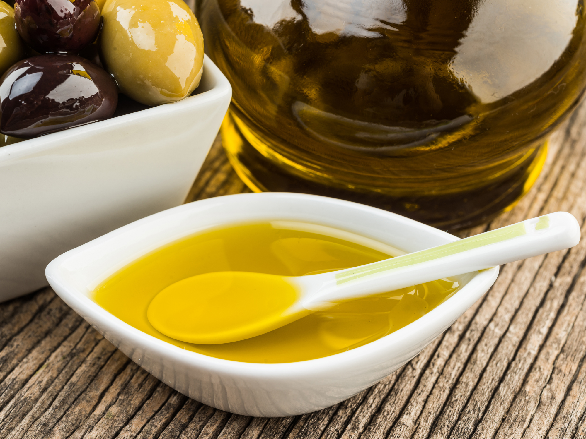 tablespoon-olive-oil-day-keep-breast-cancer-away