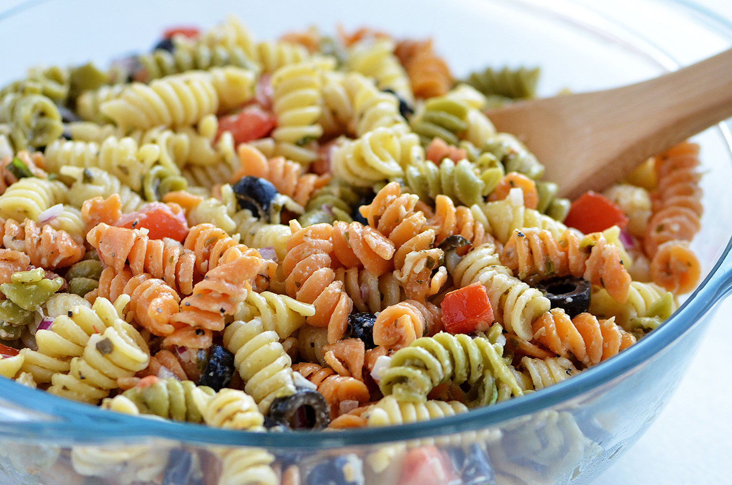 Tri_Color_Pasta_Salad12
