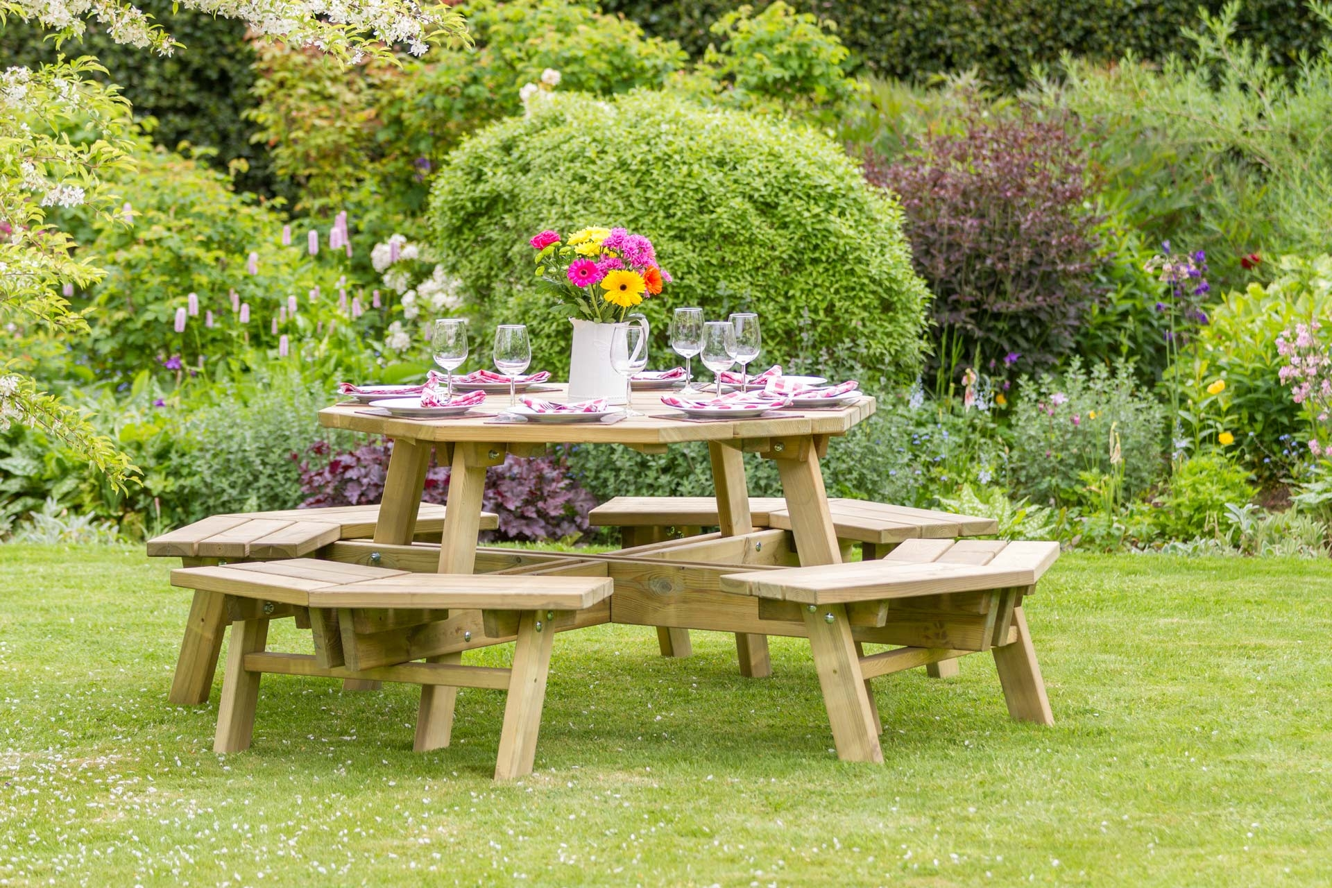Alex_Octagon_Picnic_Table_-_SEATALEX